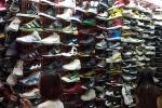 28 Nike-L1292474